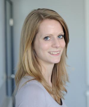 Janine Löll